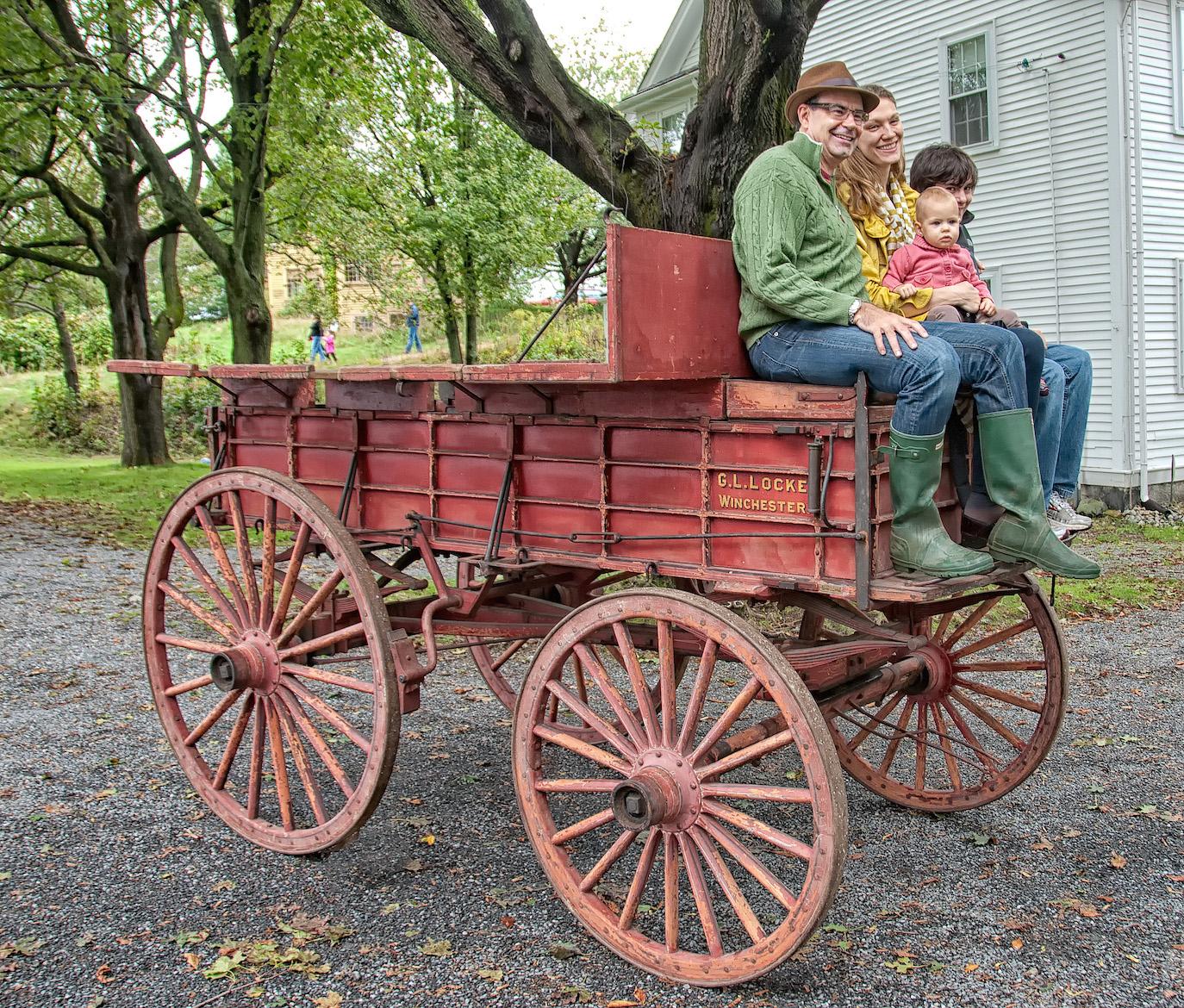 odonnell_fam_on_gott_wagon