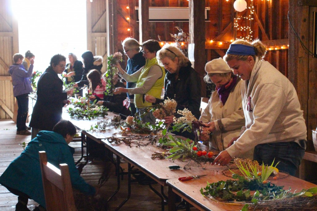 Fall wreath making workshop with Ferriss Donham (Rebekah Carter 2016)